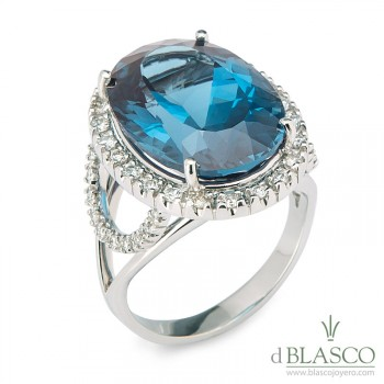 Anillo diamantes topacio azul