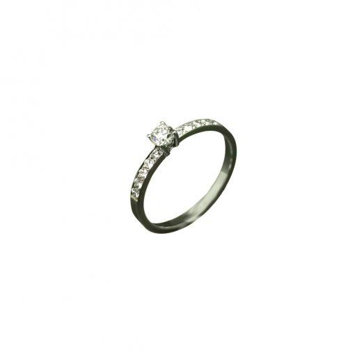 BLASCO-BASIC-Solitario-de-diamante-y-diamantes-laterales-grano